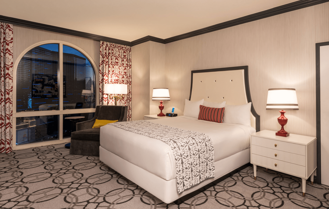 How To Upgrade Your Hotel Room In Vegas